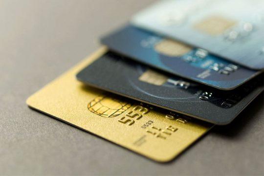 Quelle carte de crédit rembourser en premier ?